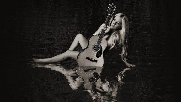 Avril Lavigne - I Fell In Love With The Devil (Audio)