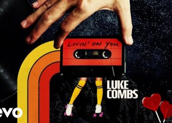 Luke Combs Lovin' On You (lyric Video)